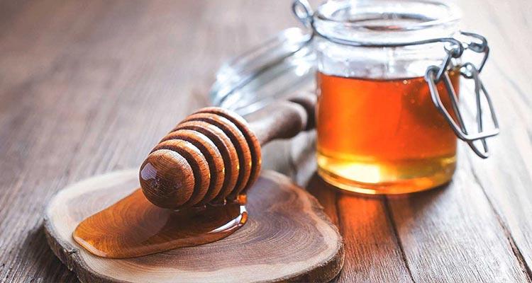 Prirodni med